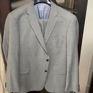 46L Tommy Hilfiger Suit (gray)